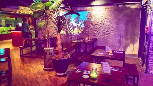 Seoul Food Review Trench Town Caribbean BBQ Restaurant in Itaewon Seoul Korea by: Toronto Seoulcialite