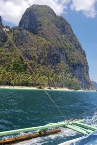 El Nido Palawan Outpost Beach Hostel Island Hopping